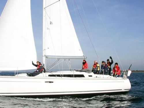 Segelboot Beneteau Oceanis 37 (2010)
