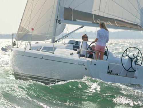 Sailboat Hanse 315 (2020)