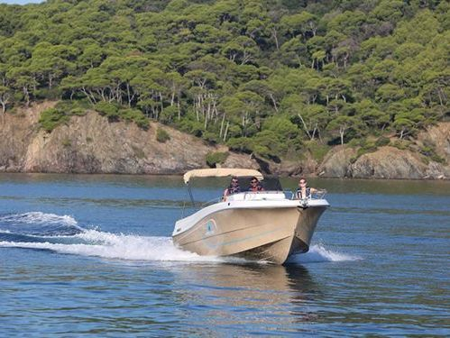 Sportboot Pacific Craft 750 Open (2020)