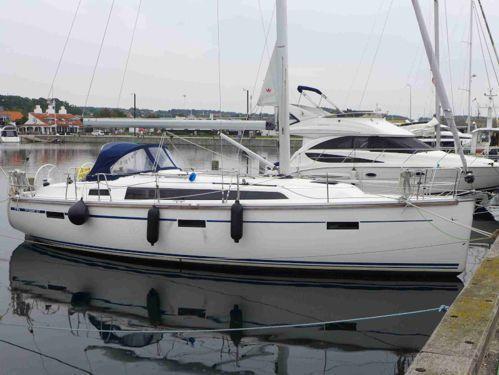 Sailboat Bavaria Cruiser 37 (2018)