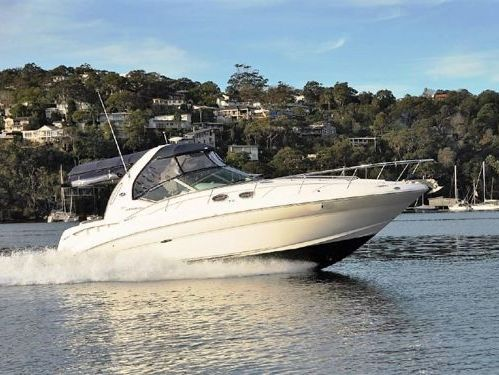 Motor boat Sea Ray 355 (2006)