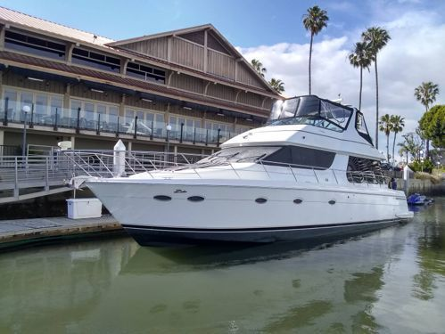 Barco a motor Carver Yachts 53 (2001)