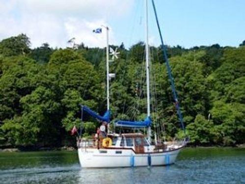 Sailboat Nauticat 33 (1989)