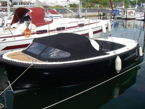 Sportboot Corsiva 690 Tender (2012)