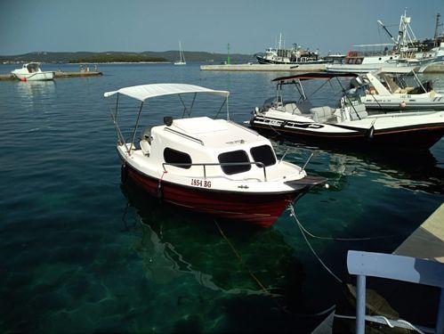Speedboat Nautika 500K (2010)