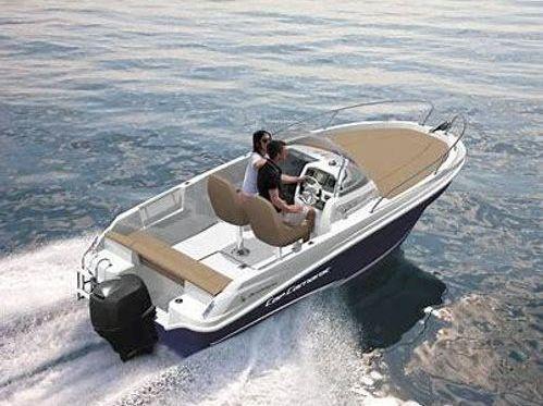 Speedboat Jeanneau Cap Camarat 5.5 CC (2017)