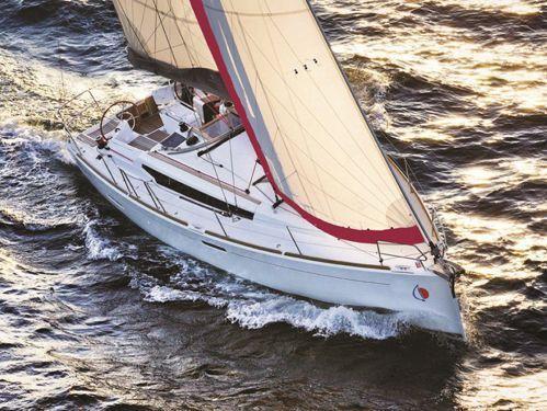 Sailboat Jeanneau Sunsail 38 (2017)