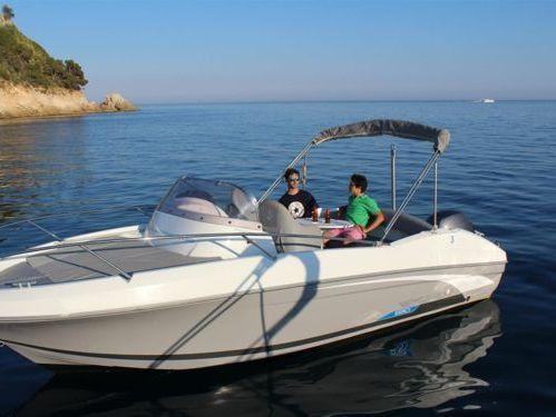 Sportboot Beneteau Flyer 650 Sun Deck (2018)