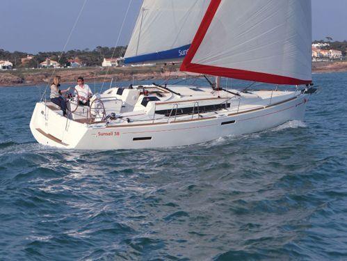 Sailboat Jeanneau Sunsail 38 (2020)