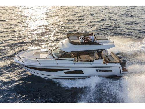 Motor boat Jeanneau Merry Fisher 1095 Fly (2021)