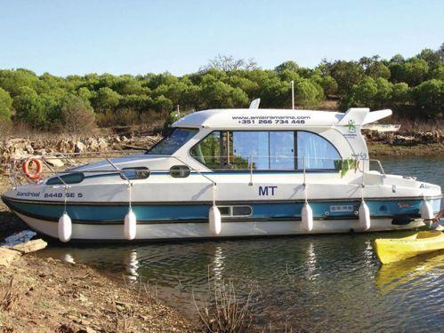 Houseboat Nicols Sedan 1010 (2008)
