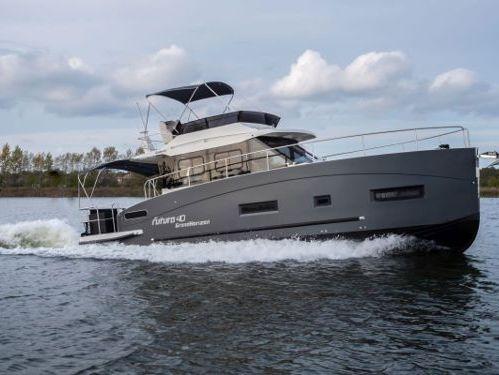 Motorboot Futura 40 Horizon XL (2021)