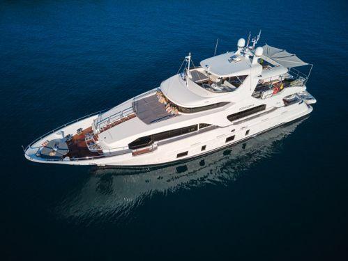 Motorboot Benetti Delfino 93 (2012)