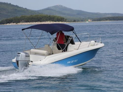 Speedboat HM 22 Sundeck (2014)