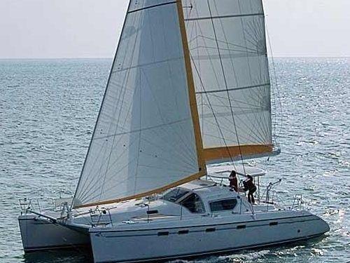 Catamaran Alliaura Privilege 465 (2002)