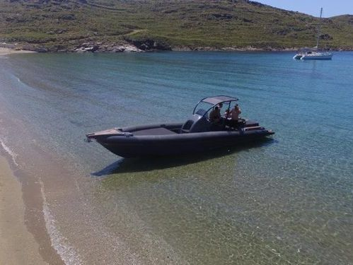 Neumática Bell Marine Rock 36 (2018)