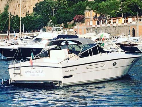 Imbarcazione a motore Itama 38 (2016)