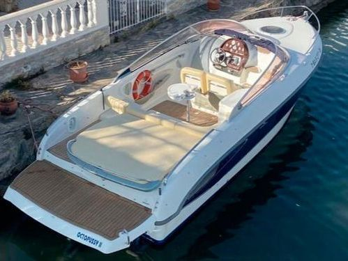 Motorboot Cranchi 27 (2005)