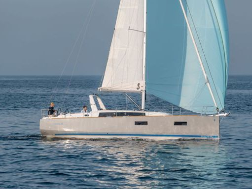 Sailboat Beneteau Oceanis 38 (2014) (0)