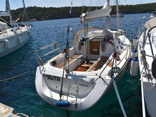 Sailboat Beneteau First 31.7 (2007) (1)