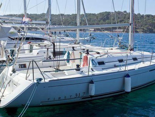 Sailboat Beneteau First 31.7 (2007) (4)