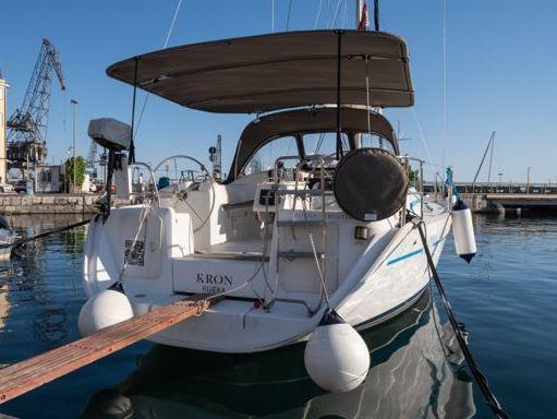 Sailboat Beneteau Cyclades 39.3 (2006) (1)